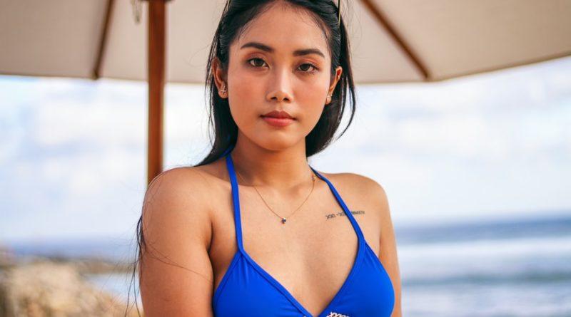 Nia Dwita Lestari Blue Bikini Top